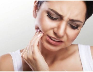 Anbesol vs Orajel – Which Works Better For Canker Sores or Toothache