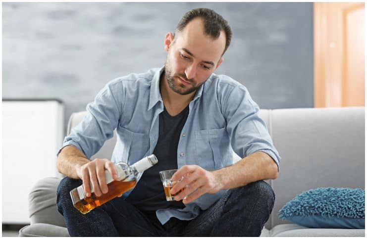 Clindamycin and Alcohol Intake – Side Effects & Warnings