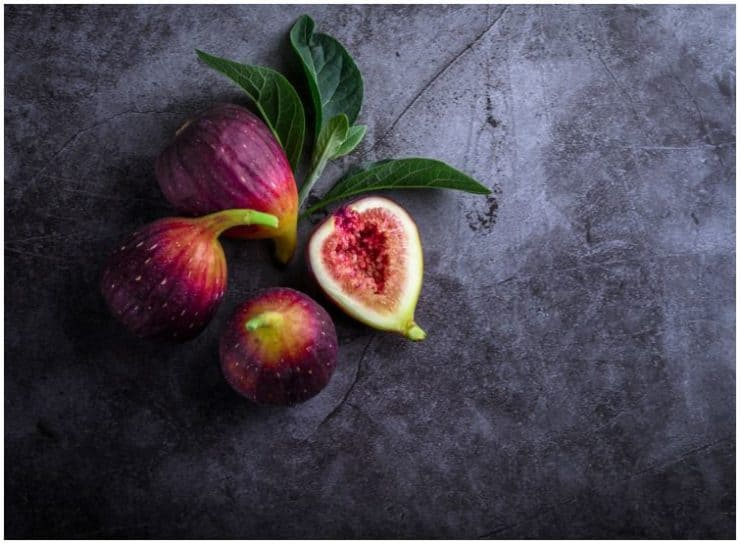 Figs vs Prunes – Which Fruits Have A Better Nutritional Profile For Constipation