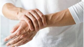 Meloxicam vs Aleve (Naproxen) For Rheumatoid Arthritis - Uses & Differences