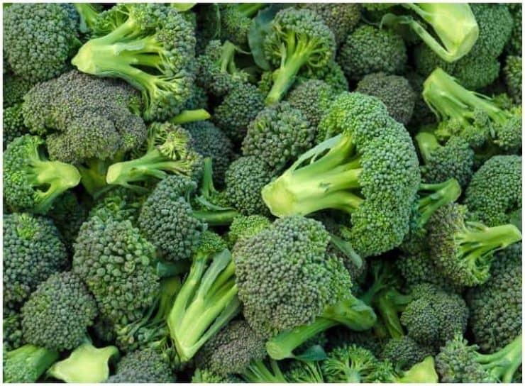 Asparagus vs Broccoli - Taste, Health Benefits, NutritionFacts